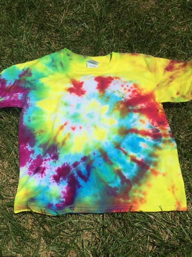 How To Tie-Dye Shirts With Kids