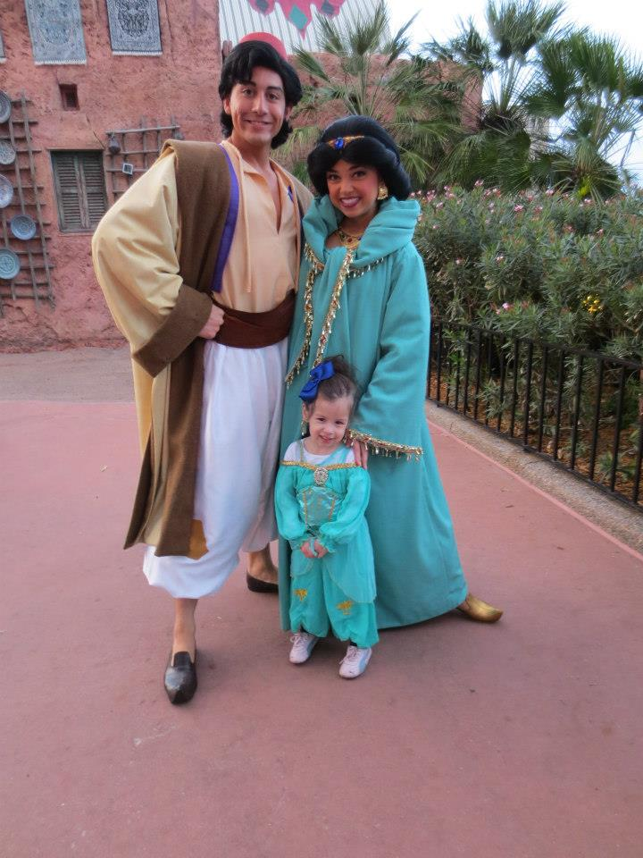 Character Meet and Greet with Jasmine and Aladdin in Epcot for toddlers