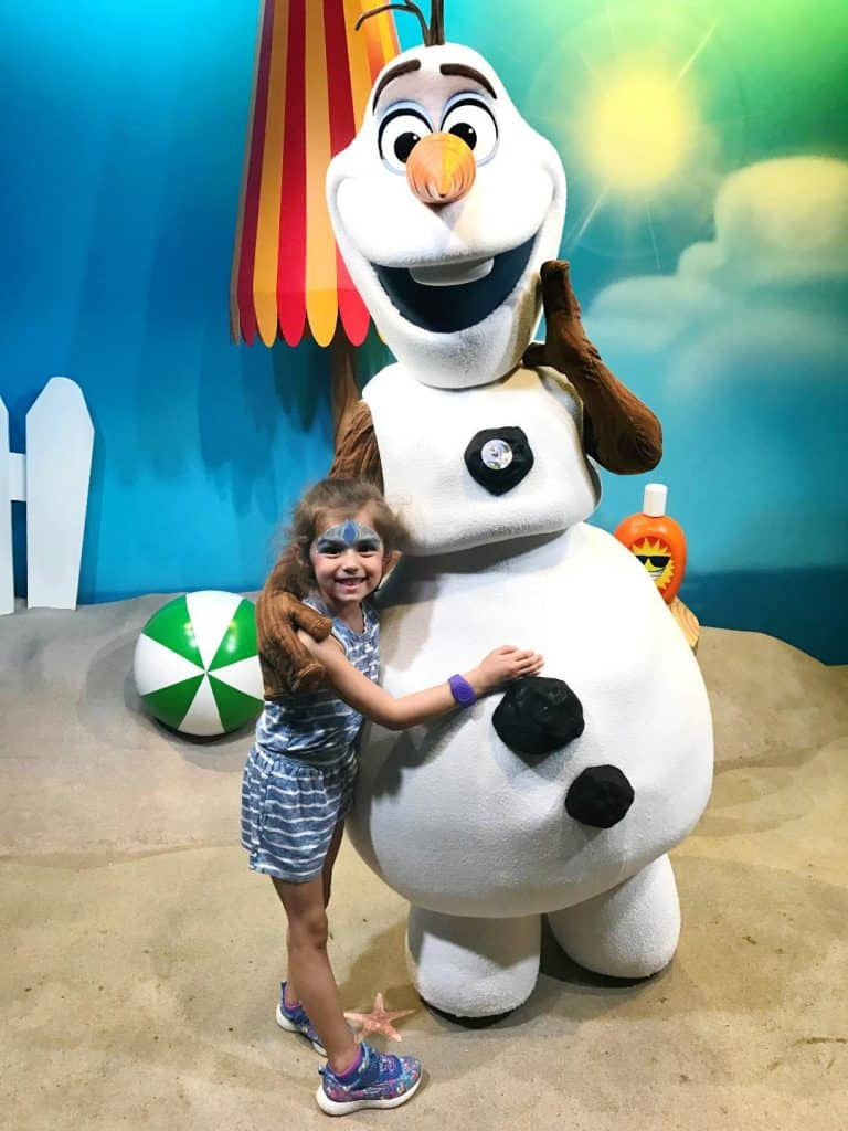 Meet Olaf at Hollywood Studios with your toddlers and preschoolers.