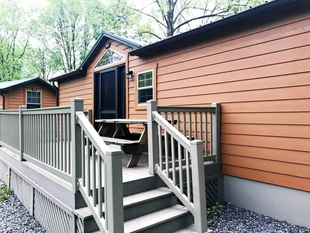 2-bedroom deluxe Hersheypark Camping Resort cabins are perfect for big families on a budget at Hersheypark.