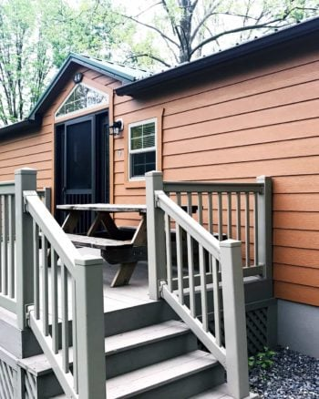 2-bedroom deluxe cabin is perfect for big families on a budget at Hersheypark camping resort.