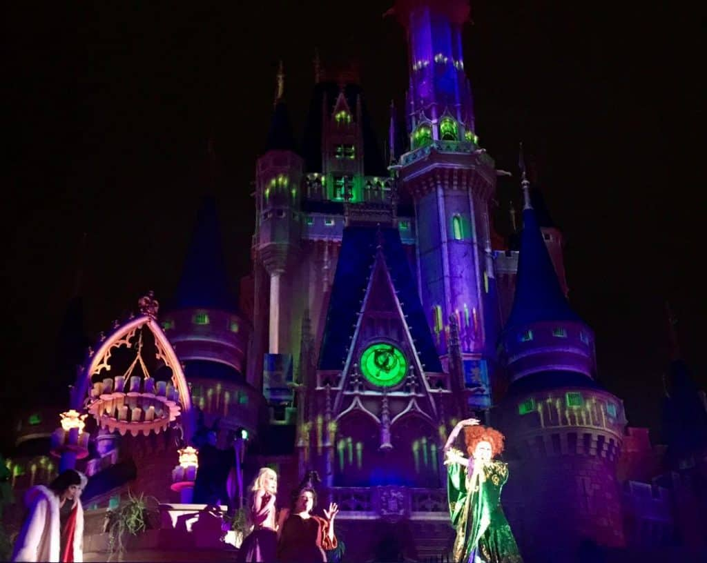 Add the Hocus Pocus Villain Spelltacular to your must-do list for Mickey's Not So Scary Halloween Party!