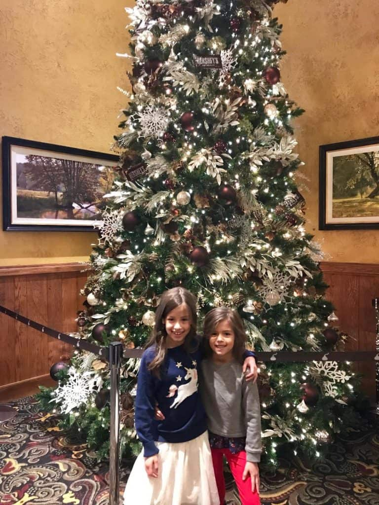 Holiday decorations at Hershey Lodge are fabulous and a great staycation option for Hersheypark in the winter.