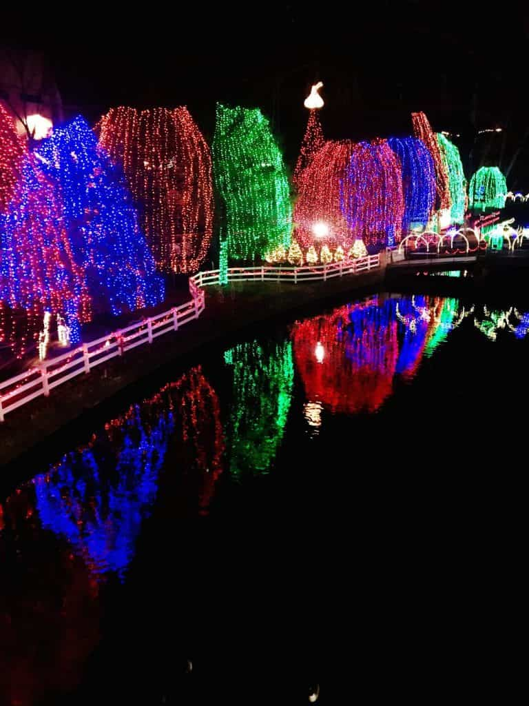 The holiday lights at Hersheypark Christmas Candylane are stunning!