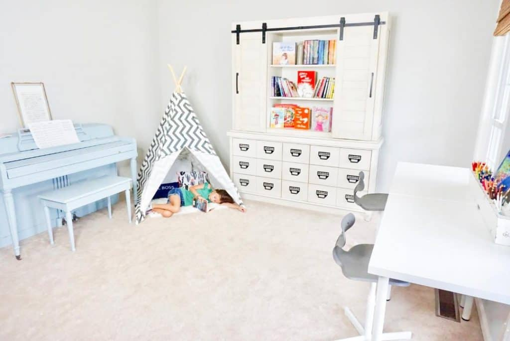 Easy Reading Nook Ideas for Kids