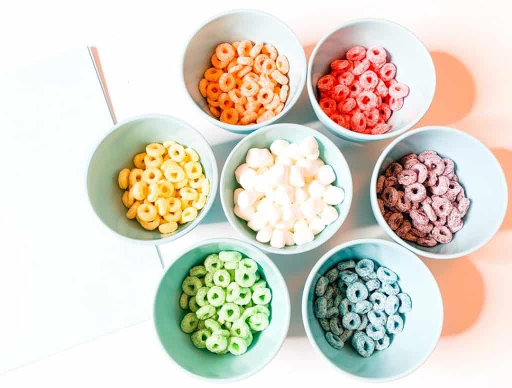 Edible Fruit Loop Rainbow craft for St. Patrick's Day