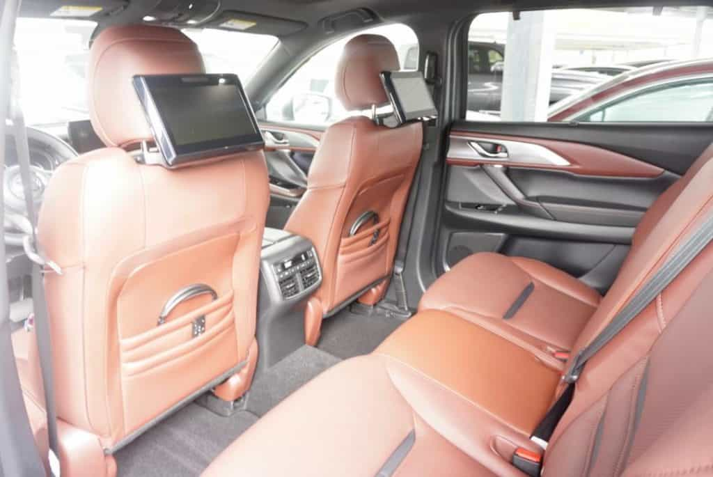 Mazda CX-9 luxury Interior