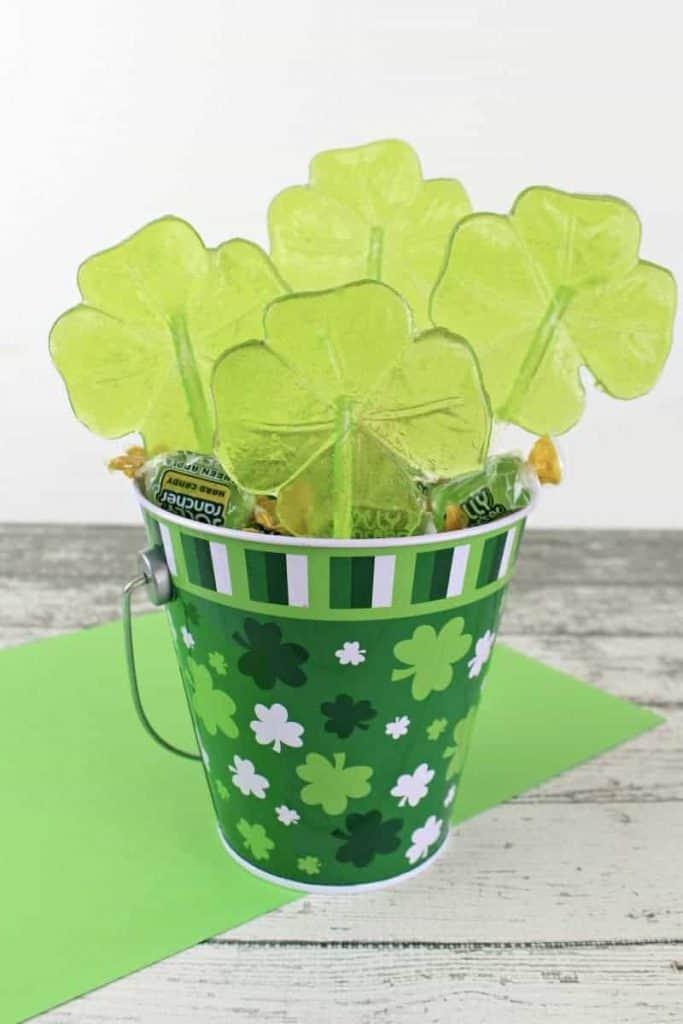 St. Patrick's Day Desserts -Shamrock Lollipops