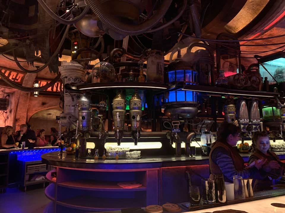 Oga's Cantina in Galaxy's Edge