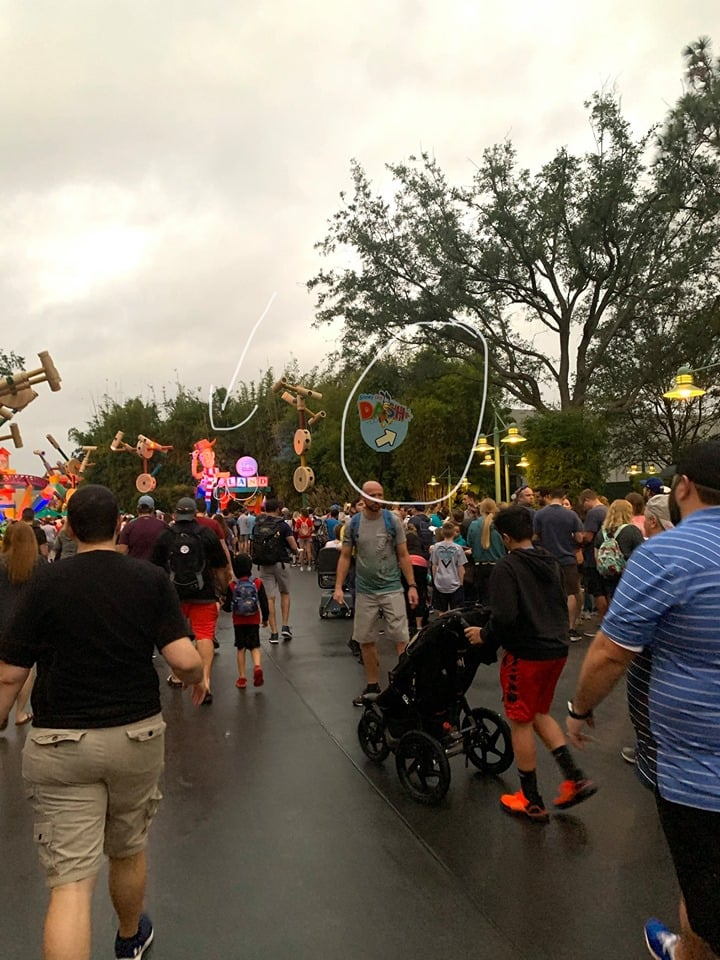 Toy Story Land Crowds at Rise of the Resistance Rope Drop